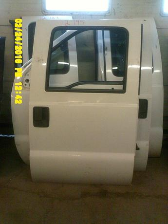 2008 2009 2010 2011 2012 SUPER DUTY FORD CREW CAB DOOR. EXCELLENT CONDITION, SCUFFS AND SCRATCHES. INVENTORY #12795