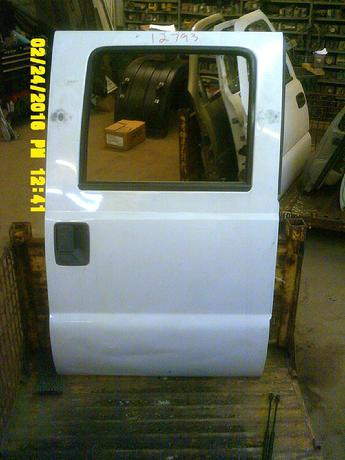 2008 2009 2010 2012 FORD SUPER DUTY CREW CAB DOORS. FAIR/GOOD CONDITION, SCUFFS AND SCRATCHES. DENTS ON LOWER. INVENTORY #12793