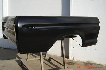 73 - 79 Ford Shortbox, excellent condition, new aftermarket boxsides, southern floor, single rear tank.