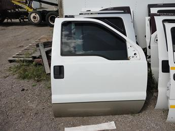 2008 2009 2010 2011 2012 2013 2014 2015 2016 FORD SUPER DUTY PASSENGER DOOR. POWER DOOR, PERFECT CONDITION OTHER THAN MISSING THE INSIDE DOOR PANEL.  #13523