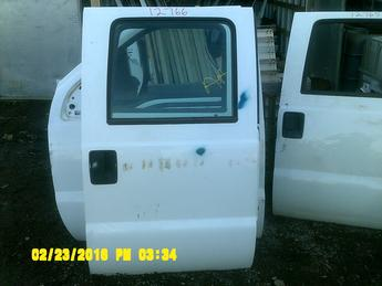 2008 2009 2010 2011 2012 FORD SUPER DUTY CREW CAB DOOR. GREAT CONDITION, A COUPE SCUFFS AND SCRATCHES. INVENTORY # 12766