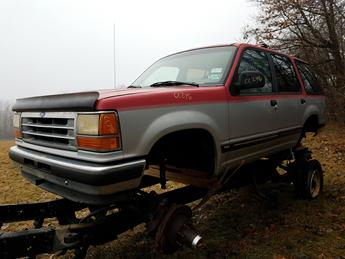 1992 FORD EXPLORER XLT BODY, RUST FREE FROM TEXAS, NO TRANS OR MOTOR, NO DRIVE TRAIN, 104,775 MILES EXCELLENT CONDITION