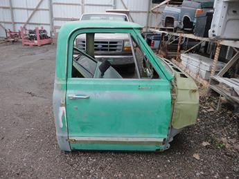 1967 1968 1969 1970 1971 1972 CHEVY REGULAR CAB. GOOD CONDITION- SURFACE RUST THROUGHOUT. #13656