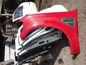 2008 2009 2010 FORD SUPER DUTY 6.4L DRIVERS SIDE FRONT FENDER. GOOD CONDITION- A COUPLE SMALL DINGS, #13821