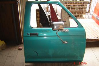 1983 1984 1985 1986 1987 1988 1989 1990 1991 1992 Ford Ranger Right Side OEM Rust Free Manual Door.  Door has one dent & some very minor lip damage.