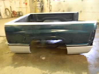 1994 1995 1996 1997 1998 1999 2000 2001 DODGE SHORT BED. GREAT CONDITION- THERE IS A QUARTER SIZED DENT ON THE LEFT SIDE. SMALL DENT ON RIGHT WHEEL ARCH, LIGHT SCRATCHES. RUST FREE #14122