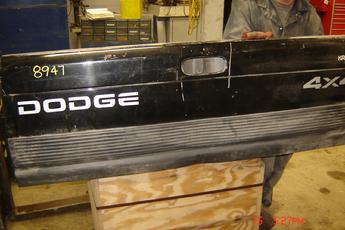 1994 1995 1996 1997 1998 1999 2000 2001 Dodge Tailgate Shell, no hardware included. Fair condition, dent on bottom face, small dent on top face, black in color. Reference inventory #8947 when inquiring.