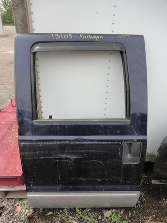 1999 2000 2001 2002 2003 2004 2005 2006 2007 FORD SUPER DUTY CREW CAB DOOR FROM MICHIGAN