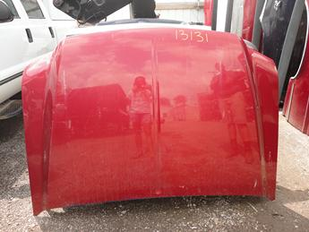 99-07 FORD SUPER DUTY HOOD FROM MICHIGAN. GOOD CONDITION, SCRATCHES, AND PAINT CHIPPING, RUST FREE. #13131
