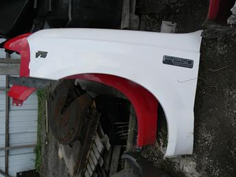 1999 2000 2001 2002 2003 2004 2005 2006 2007 FORD SUPER DUTY DRIVERS FRONT FENDER. GREAT CONDITION, RUST FREE.#14078