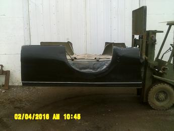 1999 2000 2001 2002 2003 2004 2005 2006 2007 2008 2009 2010 Ford Superduty longbox without tailgate or lights.  Drivers side has a small dent on the rear lower.  Passenger side has several dents along the bottom lowers.  Inventory # 12748.