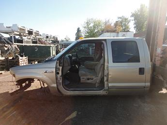 1999 2000 2001 2002 2003 FORD SUPER DUTY CAB, FOR A 7.3 L. GOOD CONDITION- MISSING THE PASSENGER FENDER AND DRIVERS DOOR. SOME DINGS ON THE DOORS, DRIVERS SIDE FENDER IS SMASHED ON THE FRONT CORNER. MISSING CUP HOLDER, AND HEAD LIGHT SWITCHES. #13550