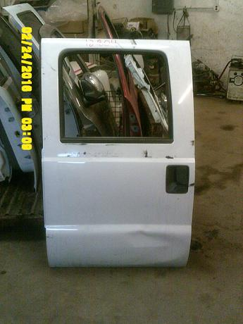 2008 2009 2010 2011 2012 SUPER DUTY CREW CAB DOOR. FAIR/GOOD CONDITION- SCUFFS, MEDIUM DENT IN LOWER #12804