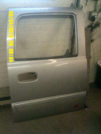 1999 2000 2001 2002 2003 2004 2005 2006 CHEVROLET CREW CAB DOOR 1500. GOOD CONDITION, SCUFFS AND SCRATCHES. INVENTORY #12802