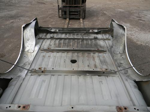 1999 2000 2001 2002 2003 2004 2005 2006 2007 2008 2009 2010 FORD SUPER DUTY SHORT BED. GOOD CONDITION- SMALL CRINKLES ON THE FRONT OF QUARTER PANELS. DING UNDERNEATH THE DRIVERS SIDE TAILLIGHT. RUST FREE FROM TEXAS. #14027