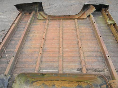 1973 1974 1975 1976 1977 1978 1979 1980 1981 1982 1983 1984 1985 1986 1987 CHEVY GMC SHORT BED BOX. GOOD CONDITION- LIGHT DAMAGE TO THE LEFT SIDE. RUST FREE. #14222