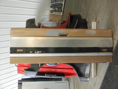 1987 1988 1989 1990 1991 1992 1993 1994 1995 1996 1997 FORD TAILGATE. EXCELLENT CONDITION, RUST FREE #14186