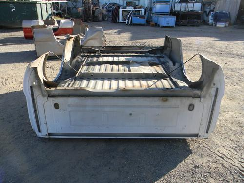 1999 2000 2001 2002 2003 2004 2005 2006 2007 2008 2009 2010 FORD SUPER DUTY SHORT BOX. GOOD CONDITION- SCUFFS, SCRATCHES, AND THE FLOOR IS WASHBOARDED. BOTH SIDES HAVE SMALL DINGS AT THE REAR LOWERS. #13605